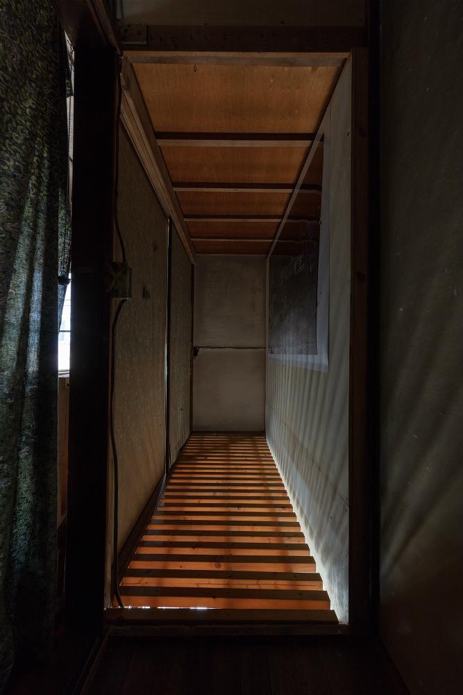 《無題》 百頭たけし, インクジェットプリント, 1030×1456mm, 2017, 撮影 : 松尾宇人