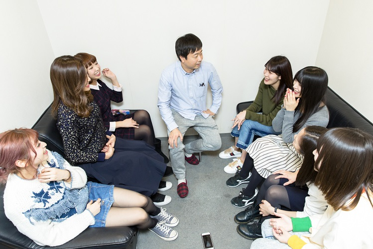 INTERVIEW 011 河本準一さん 写真1