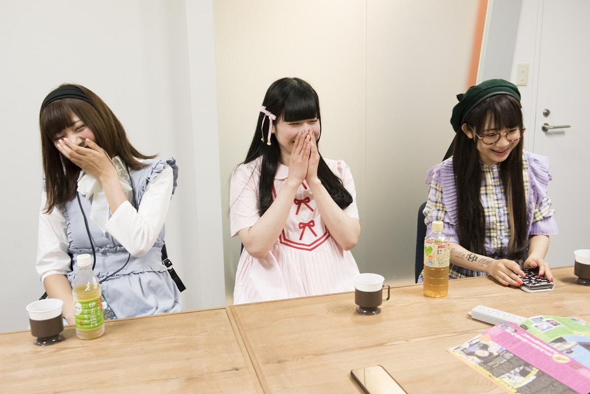 INTERVIEW 024 望月みゆ&恋汐りんご&大桃子サンライズさん 写真1