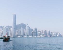 ジャッキーの両親はなぜ香港に渡った?