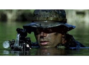 史上初!現役アメリカ特殊部隊員が主演 『NAVY SEALS』