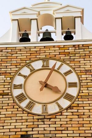 「プロジェクトA」と「BTTF」 両作に登場する時計台の元ネタ