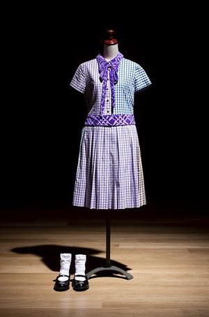 乃木坂46「だいたいぜんぶ展」 膨大な資料・写真・衣装が特設倉庫に集結