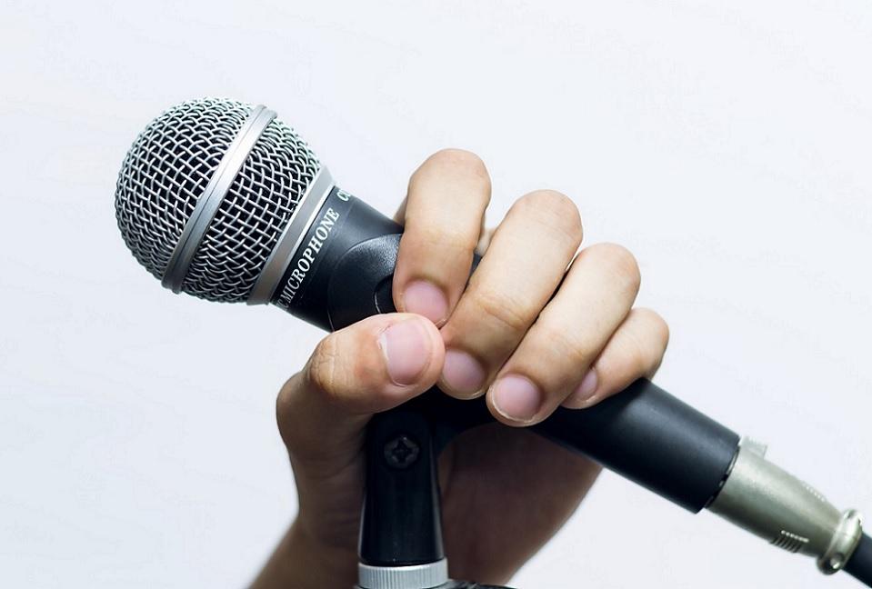 東山奈央がアルバムとライブについて語る